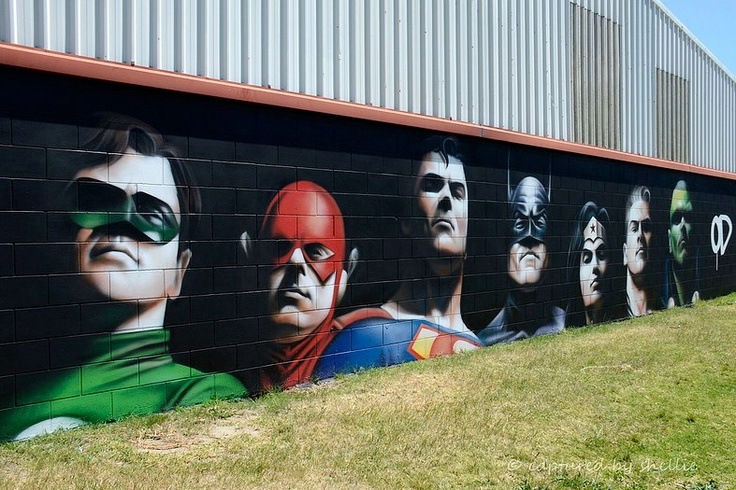 LA LIGA DE LA JUSTICIA / THE JUSTICE LEAGUE  (Alex Ross tribute) Artist: Owen Dippie  Photo: Shellie