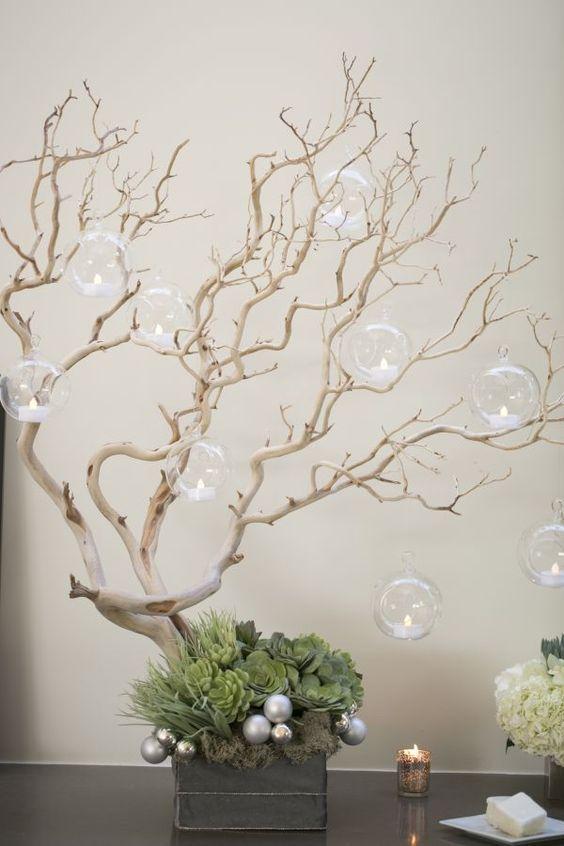 arbolito con candelas de cristal