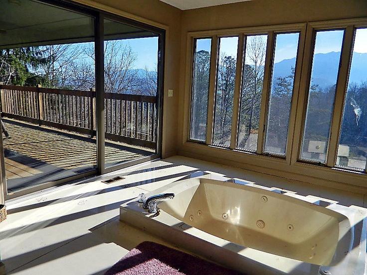 Gatlinburg tn rental cabins log cabins cabin rentals for Poolin around cabin gatlinburg tn