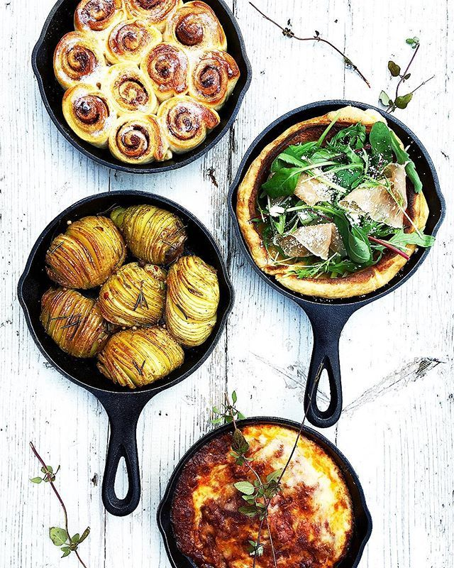 Instagram media by chinamisakamoto - Hasselback Potatoes, Lasagna, Cinnamon roll, Fresh vegetable pizza! I'm really enjoying cooking skillet! @lodgecastiron  #ハッセルバックポテト