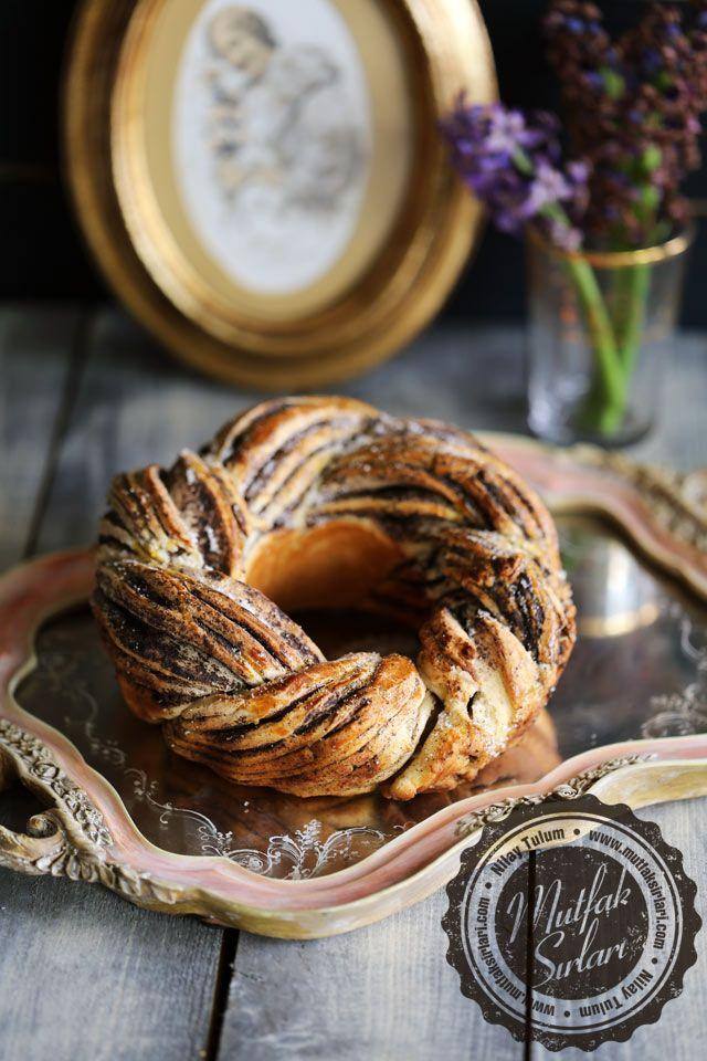 Haşhaşlı Çelenk Çörek Tarifi | Mutfak Sırları