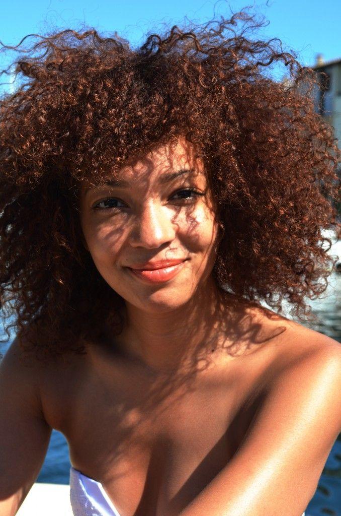 natural hair and natural makeup