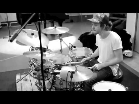 Dirty Loops - Rolling In The Deep (Adele Cover)