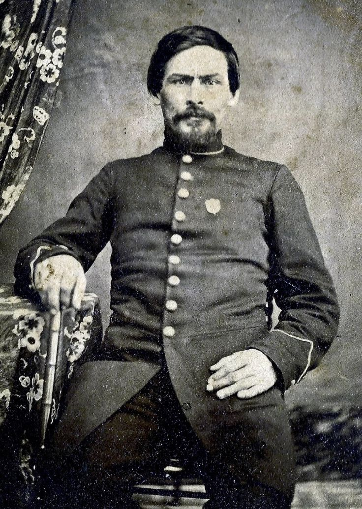 Union Soldier wearing an ID Shield Badge   Available from The Badge Maker  At www.civilwarcorpsbadges.com