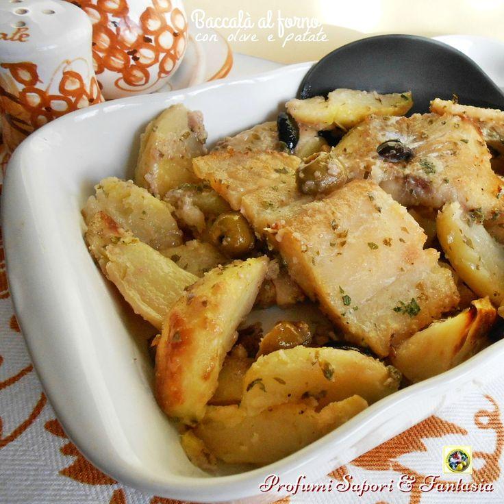 Baccala al forno con olive e patate, una ricetta molto gustosa e facile. La polpa saporita di questo pesce si presta a svariate cotture e questa è ottima!