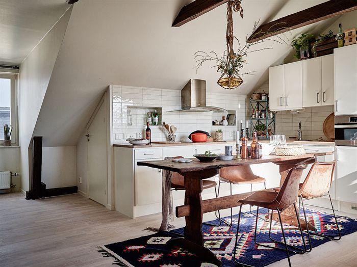 Amenajare boemă și relaxată într-o mansardă de 68 m² Jurnal de design interior