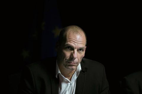 "Varoufakis: ""Cuando los resultados de las urnas no gustan al 'establishment', la democracia se ve amenazada"" #Varoufakis #establishment #democracia #politica"