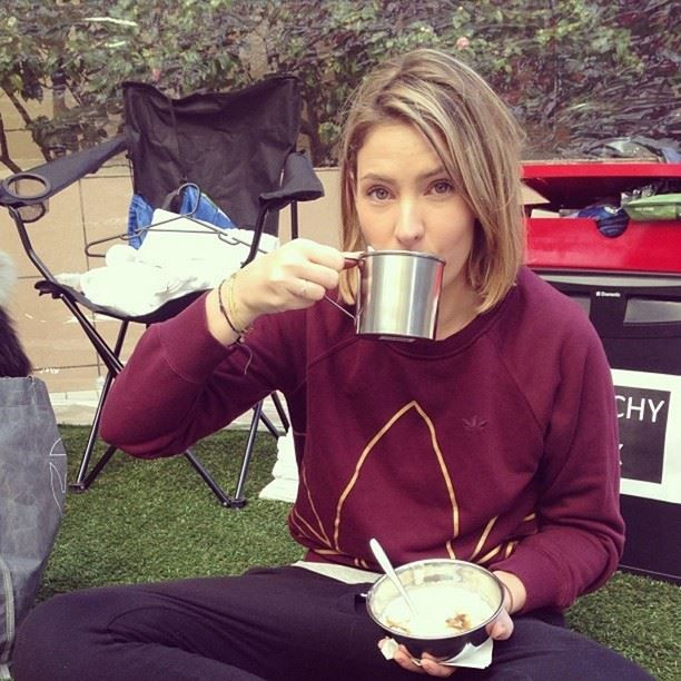 Elle Halliwell from #sydneyconfidential having a post sleepout #morningtea . How did your sleepout go? Use the #wintersleepout hashtag and let us know!