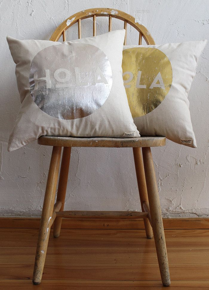 SundayTheLabel - Cushion - STERLING Hola