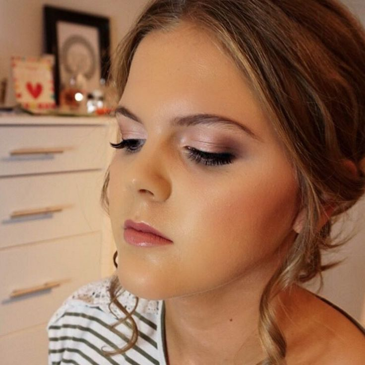 28 best Red Lip Makeup Looks images on Pinterest   Make up looks ...