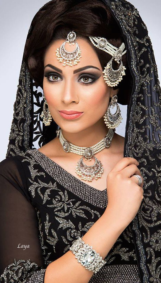 Bridal Beauty❋Indian Bride❋Laya..her jewellery design is gorgeous!!