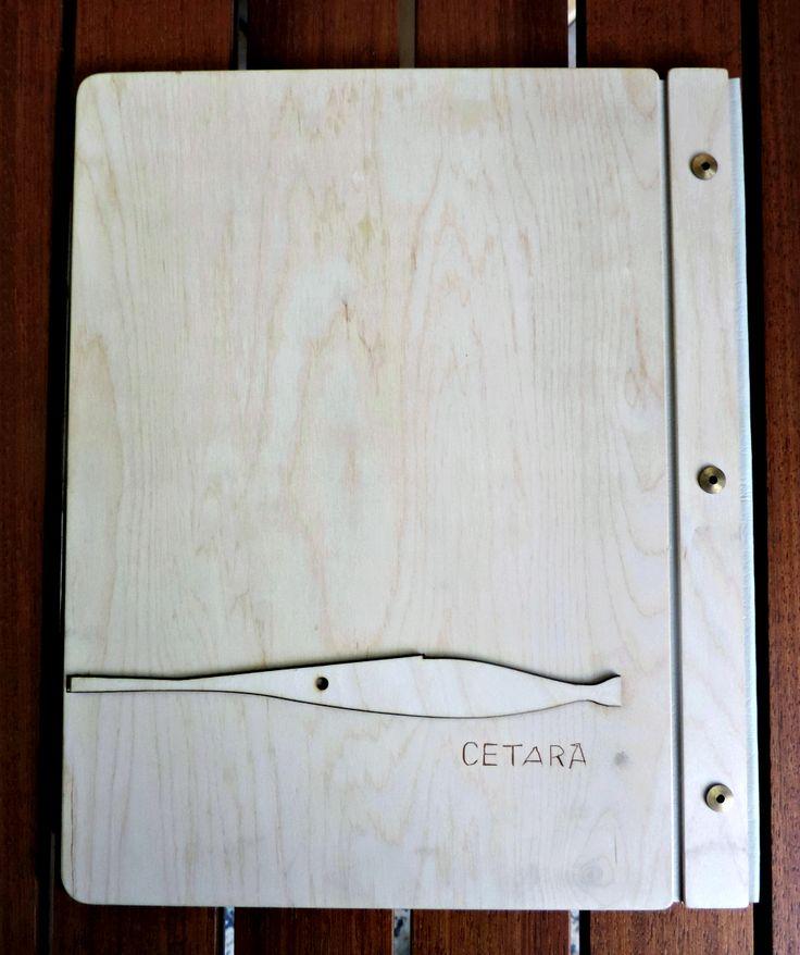Portamenu standard in legno di betulla.  Formato A4 31x25 cm Formato super A4 32x57 cm