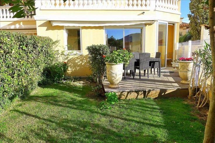 Joli appartement dans un immeuble modern #St_Maxime  Centre de Sainte-Maxime, dans un immeuble récent de grand standing, vaste appartement T4 de 120 m², séjour de 40 m², grande terrasse, jardin privatif, garage.   Au calme. http://aiximmo.ch/fr/listing/joli-appartement-dans-un-immeuble-modern/  #frenchriviera #cotedazur #mallorca #marbella #sainttropez #sttropez #nice #cannes #antibes #montecarlo #estate #luxe #provence #immobilier #luxury #france #spain #monaco #mia
