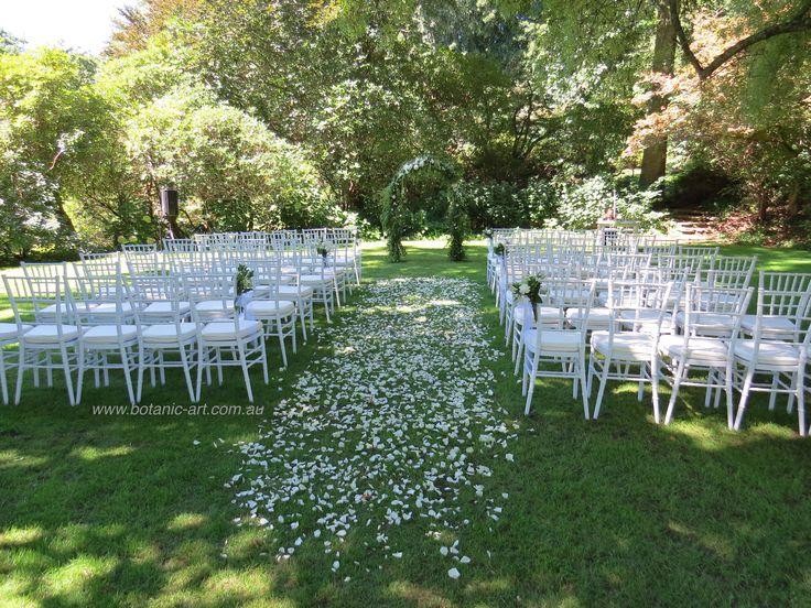 #ceremony aisle #rose petals #garden #arch #white #elegant #milton park #bowral #classic #beautiful