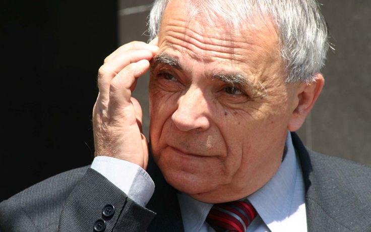 """Premiul Mihai Eminescu: """"Ștacheta a coborât nepermis de jos. Am zice că s-a prăbușit"""""""