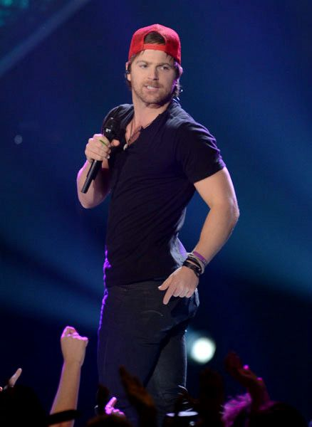 Forget Luke bryan..kip moore is where its at;);)