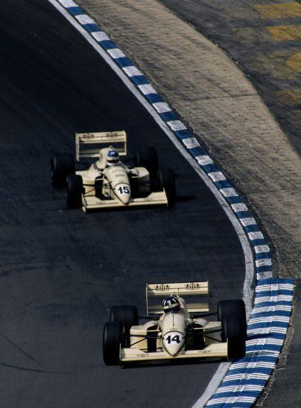 VÖGELE SUPER 2100-2 - Construction of the Formula 1 race track in ...