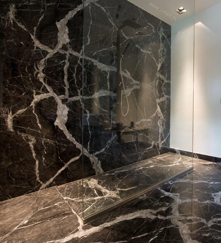 Łazienka wykonana z Włoskiego marmuru Grigio Carnico ...