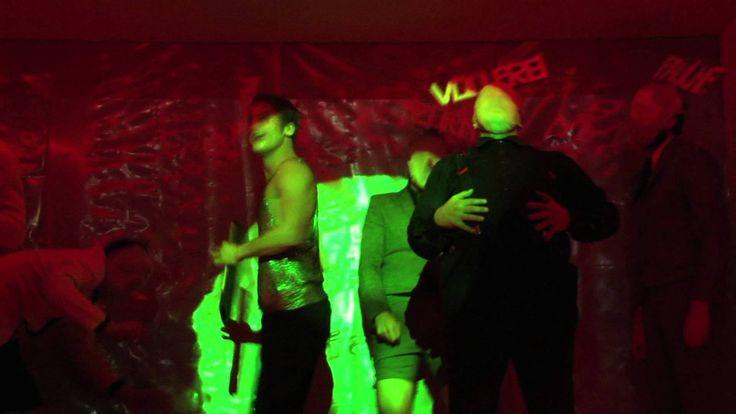 M & The Acid Monks  Drogen Hochmut und Schizophrenie -- Pop Beat und Rock 'n' Roll konzertant inszeniert. Basierend auf dem Schauerroman Die Elixiere des Teufels von E T. A. Hoffmann ist M & The Acid Monks der musikalisch und schauspielerisch in Szene gesetzte Höllenritt eines begabten jungen Mannes auf dem Grat zwischen Grandiosität und Verzweiflung zwischen Askese und Ausschweifung. Auf der Suche nach seinem Weg ins Leben wird er von seinem Doppelgänger verfolgt der ihn um den Verstand…