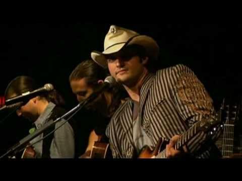 """Robert Rodriguez and his Band Chingon (Del Castillo) playing """"Malagueña Salerosa"""" live at the Kill Bill 2 Premiere"""
