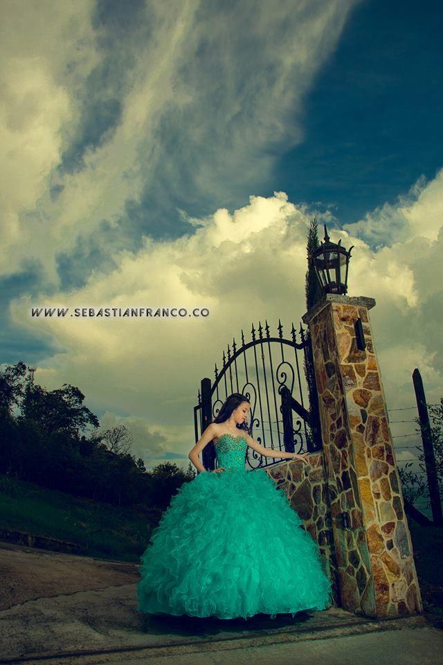 fotografia quinceañeras @sebasfrancoz #mejorfotografodemedellin