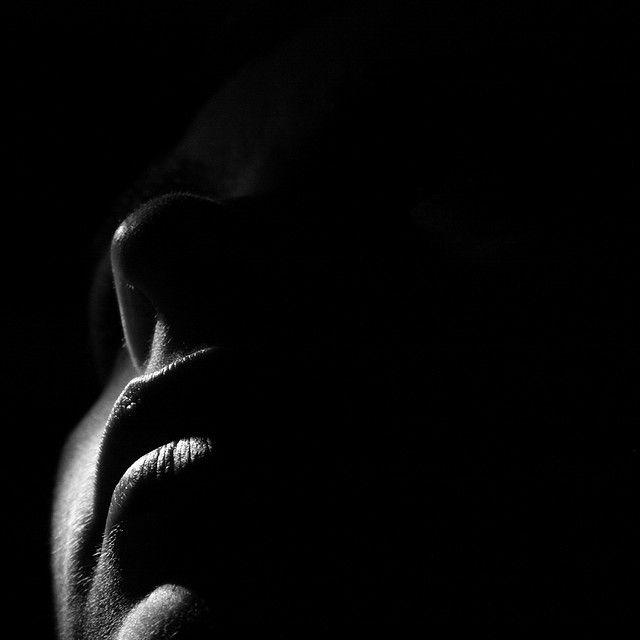 пони губы в темноте картинки вам будет