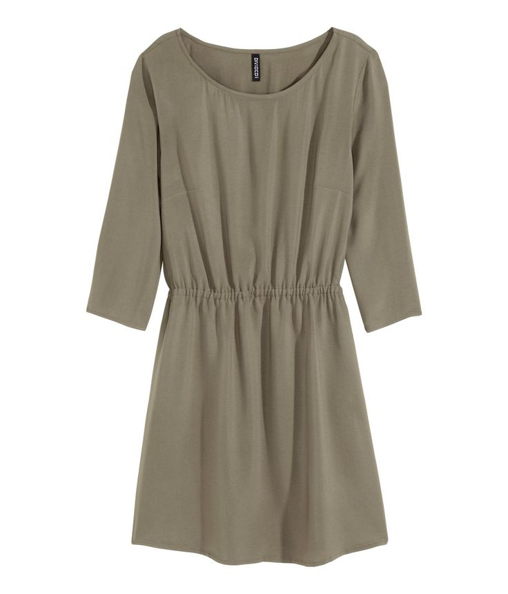 Short dress in woven fabric. 3/4-length sleeves, elasticized seam at waist, and side pockets. Unlined.| H&M Divided
