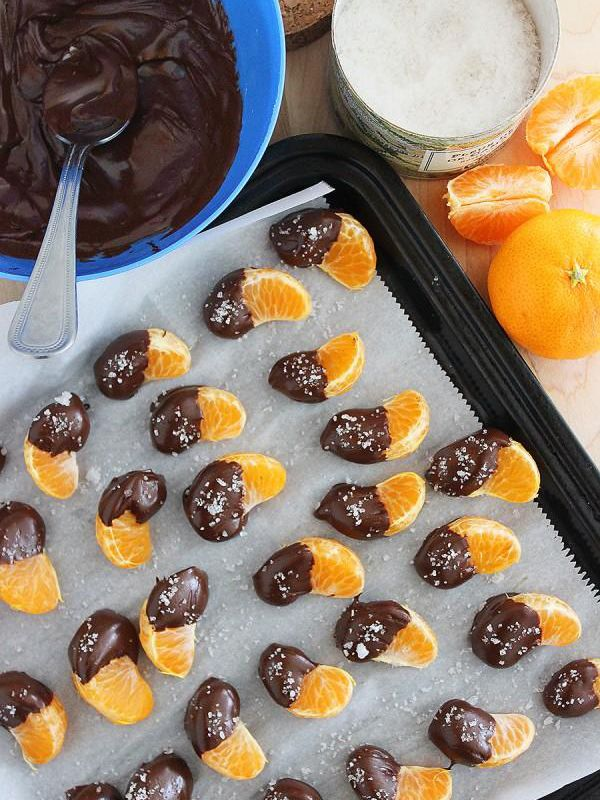 Get Ready For the #GoldenGlobes: Chocolate Dipped Clementines with Sea Salt - Total Time: 15 mins