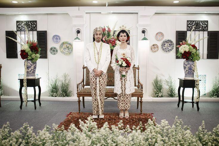 Intimate Backyard Wedding of Rara and Ben - Owlsome (33 of 35)