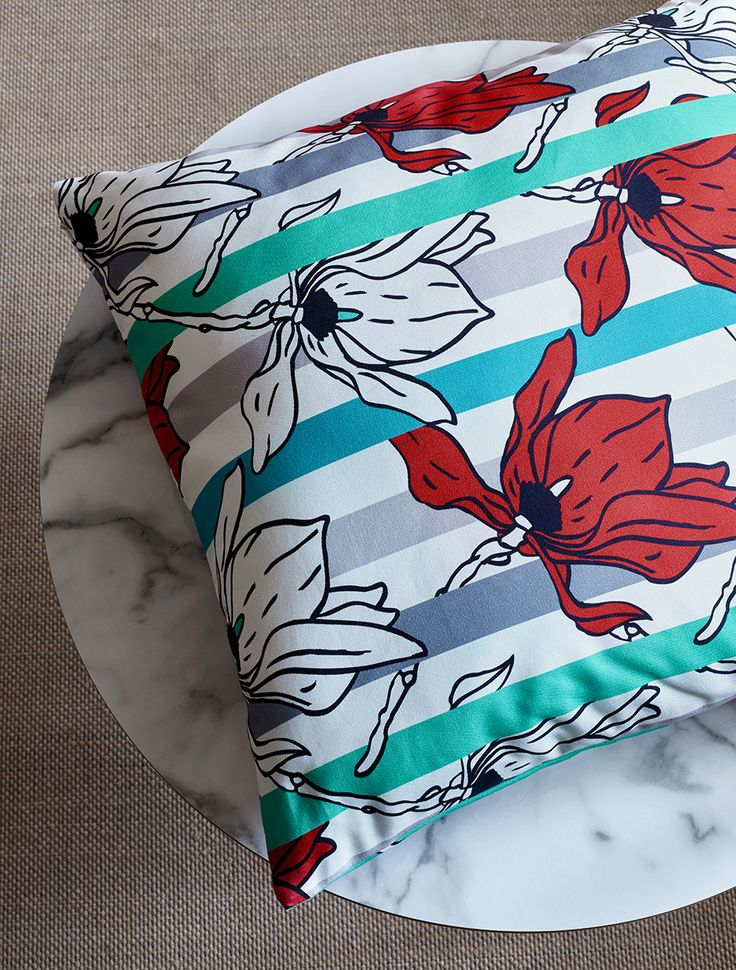 ARTEFLY Ikea Klippan cover STRIPES - interior styling / play of stripes and a floral motif fabric print  #artefly #klippan #sofa #cover #slipcover #ikea #cotton #throw #couch #2seater #seater #design #homedecor #interior #pattern #pillow #cushion