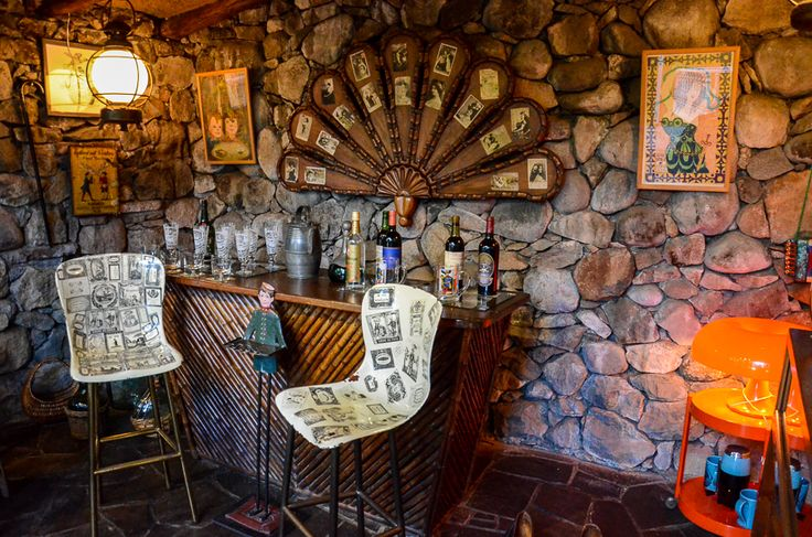 Pablo Neruda's bar. You don't have to be drunk to like this.