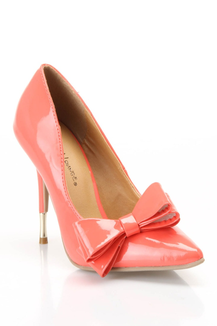 Bow Pump in Coral / wild diva $20