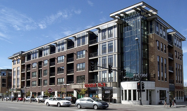 mixed use in suburban Minneapolis with Trader Joe's on the first floor