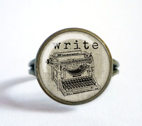 Vintage TYPEWRITER ring. Burlap 'Write' ring. by OldeOwlPendants