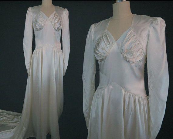 Robe de mariée en satin des années 1940 / Vintage formés de robe de mariée