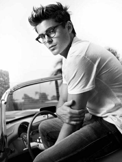 I really like those glasses...   Oh and hes kinda cute as well ;]