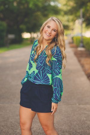 Cherie Hogan Photography high school senior photographer class of 2015 austin texas lilly pulitzer kendra scott earrings preppy style college campus hair and makeup by bell chic southwestern university