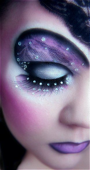 lace and rhinestone eyes: Black Lace, Fantasy Makeup, Eye Makeup, Eye Shadows, Eyeshadows, Eye Art, Lace Patterns, Purple Lace, Forefront