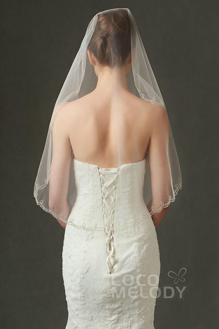 Unique One-tier Pearl Trim Edge Tulle Ivory 97*90cm Shoulder Veils with Beading AV160011  #weddingessentials #weddingaccessories #cocomelody