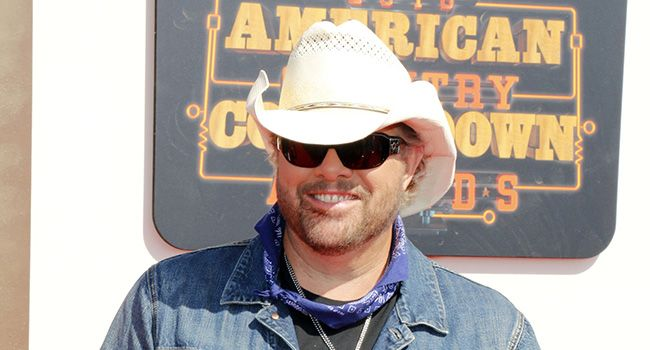 Toby Keith, Jake Owen headline Birds Nest at WM Phoenix Open - Country Music stars Toby Keith, Jake Owen, The Band Perry and Chase Rice will headline the first two nights of the 2017 Coors Light Birds Nest, the popular entertainment venue at the Waste Management Phoenix Open Presented by The Ak-Chin Indian Community. Wednesday, Feb. 1 will feature Jake Owen... - http://azbigmedia.com/experience-az/toby-keith-jake-owen-headline-birds-nest-wm-phoenix-open