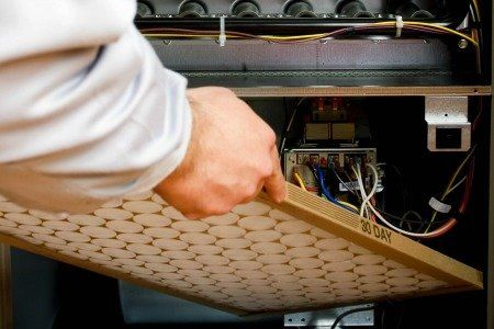 Keep Your Holidays Guests Warm: Home & Furnace Maintenance