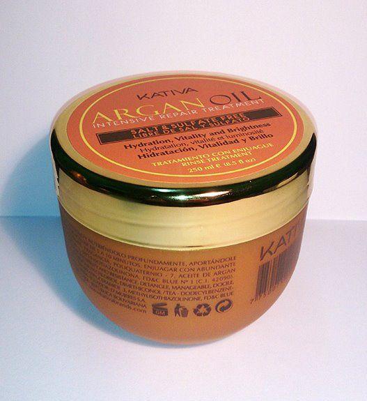 Kativa Argan Oil Intensive Repair Treatment 250ml Είναι μια γραμμή που σχεδιάστηκε  για ξηρά, θαμπά μαλλιά, που δημιουργούνται  από διάφορους παράγοντες αλλά και από εξωτερικούς παράγοντες όπως ο καιρός, ο ήλιος, κ.λπ.  Έχει ενυδατική δράση η οποία  αποτρέπει την ξηρότητα και προστατεύει  την τρίχα δίνοντας παράλληλα  φωτεινότητα και λάμψη.