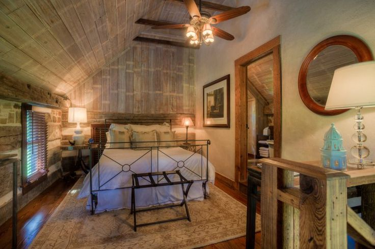 Romantic Cabins in Texas | Weinland Haus | Absolute Charm