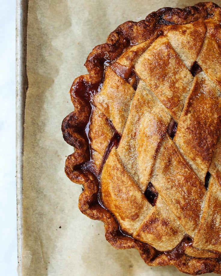 Vanilla Pear Cranberry Pie | Tara O'Brady for the Globe and Mail