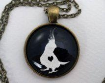Aangepaste Valkparkiet ketting, glazen koepel tegenhanger, leuke vogel liefhebber geschenk, ronde kunst Cabochon charme sieraden, papegaai juwelen, huisdier Memorial