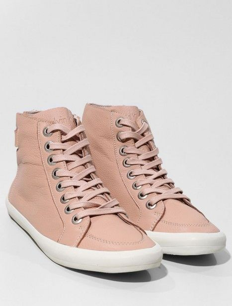 Tênis de cano alto Calvin Klein Jeans R$ 399 no FFWSHOP.com.br