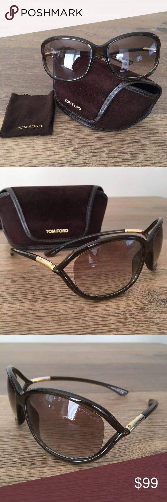 Tom Ford Jennifer Sunglasses Brown frame and shaded lenses. Good used condition. Has some minor scuffs on one of the lenses but nothing major. Includes original case and cleaning cloth. Tom Ford Accessories Sunglasses