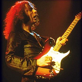 Ritchie Blackmore is hypochondriac, egocentric and aggressive. A charm. The sound of his Fender is the best in the history of rock. Hendrix only had the skill to get a similar sound.