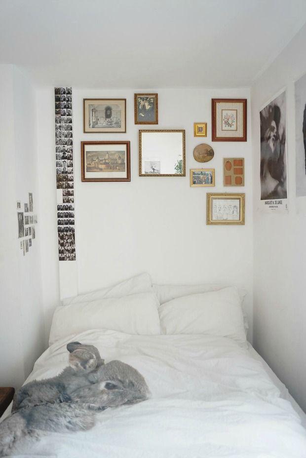 25 beste idee n over kleine slaapkamers op pinterest bedgordijnen alkoofbed en smalle slaapkamer - Inrichten van een kleine volwassene slaapkamer ...