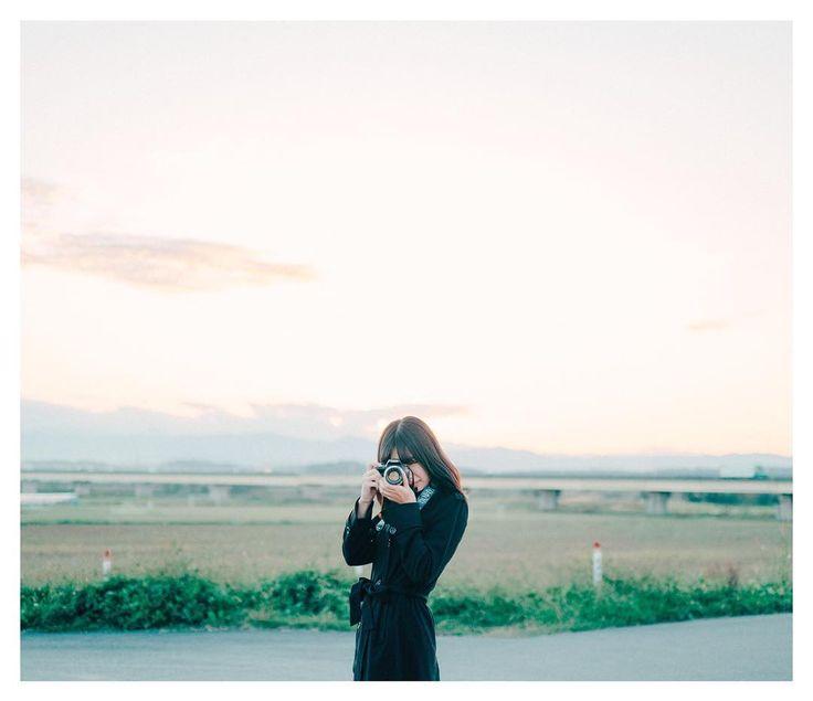 いいね!461件、コメント2件 ― takeru koharaさん(@takerukohara_sono1)のInstagramアカウント: 「この日の夕陽がとても綺麗だった * * * #デジタルでフィルムを再現したい * * * model:@sachamaruphoto * * *  FUJIFILM X-Pro2 +…」
